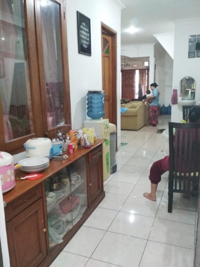 Rumah Cantik siap huni di Pondok aren, Pondok Aren, Tangerang