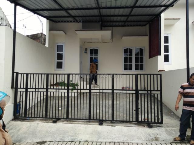 Rumah baru siap huni jl Teluk Pelabuhan Ratu Malang, Arjosari, Malang