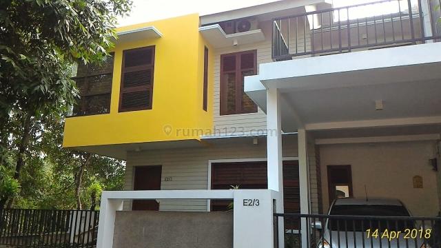Rumah Cantik 2 Lantai di Bukit Golf, Leuwinanggung, Gunung Putri Bogor., Leuwinanggung, Bogor