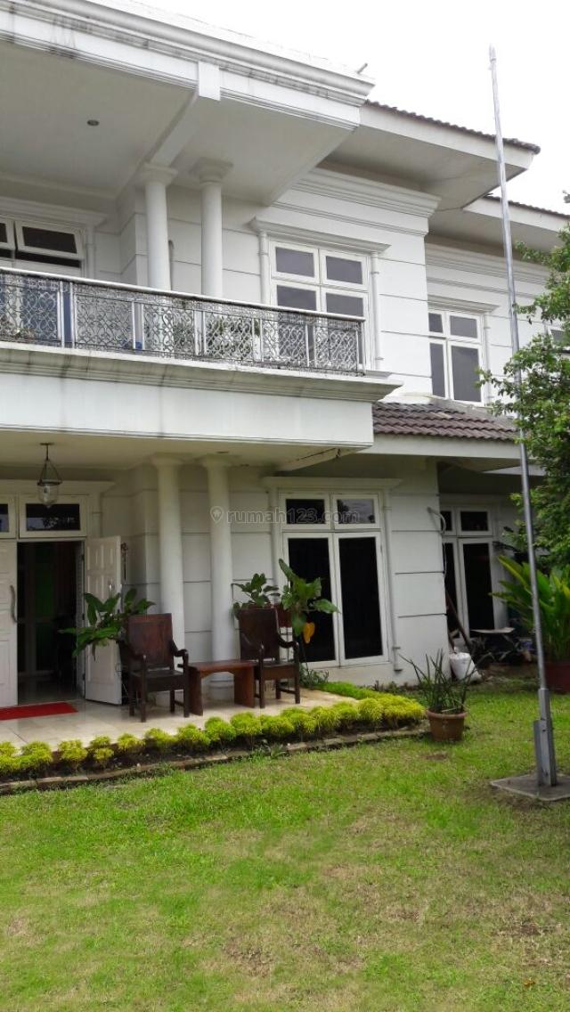 HARGA BU, RUMAH BAGUS DENGAN KOLAM RENANG @PONDOK LABU (EW), Pondok Labu, Jakarta Selatan