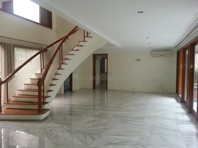 Nice House, Kebayoran Baru, Jakarta Selatan