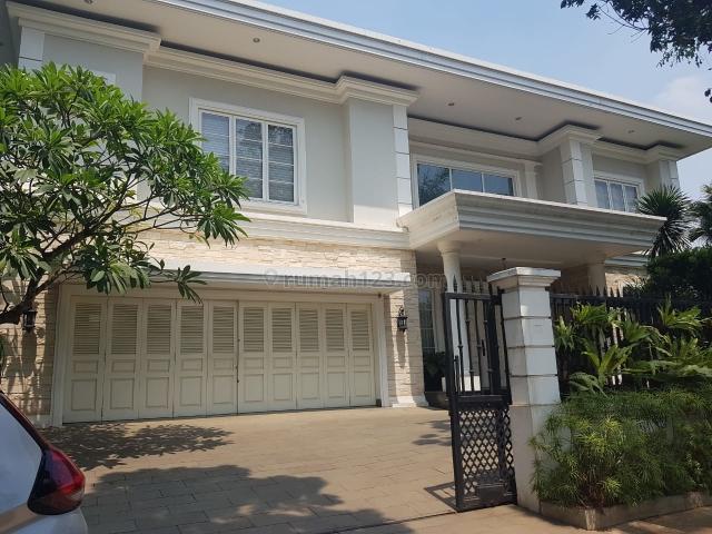 Rumah hook mewah di lippo karawaci Boulevard palem raya, Lippo Karawaci, Tangerang