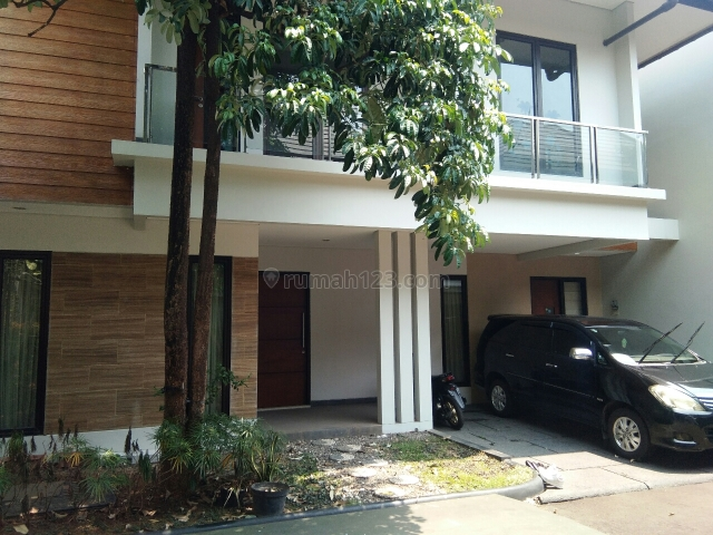 Rumah Asri dan nyaman, Jagakarsa, Jakarta Selatan