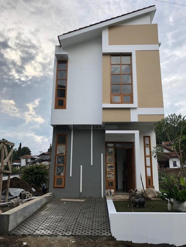 Rumah Siap Huni Suasana Adem Khas Bandung Udara, Dekat ke Wilayah Kota Bandung, Bandung Kota, Bandung