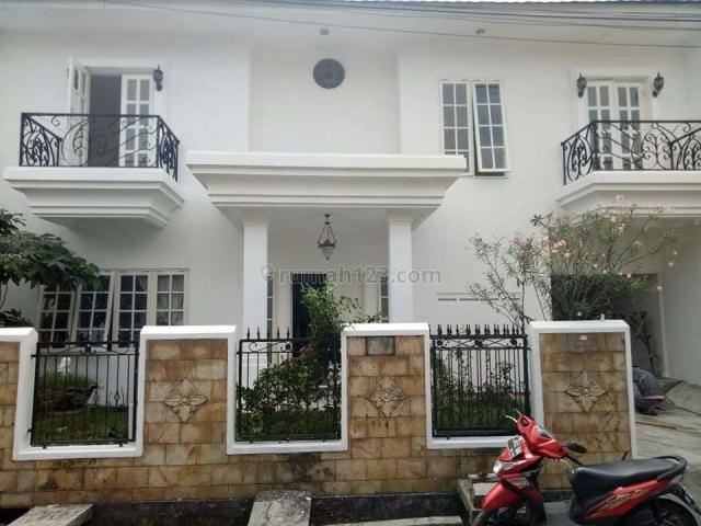 Rumah Bagus dan Strategis di Jatibening Bekasi (ZL), Jatibening, Bekasi