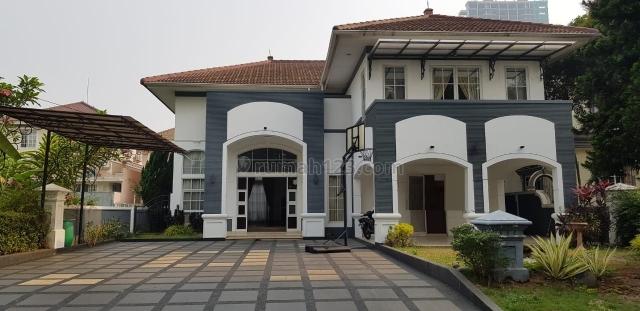 Rumah Swimming Pool, Siap Huni taman Beverly Golf, Lippo Karawaci TGR, Lippo Karawaci, Tangerang