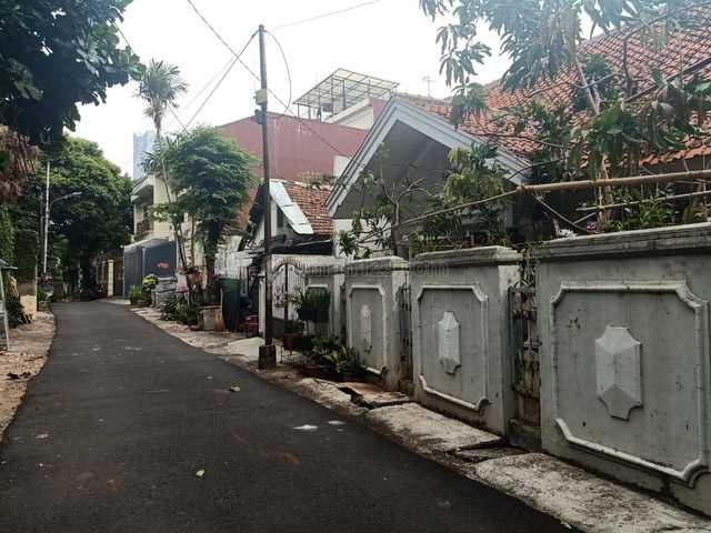 Rumah tua di SCBD area, Senopati, Jakarta Selatan