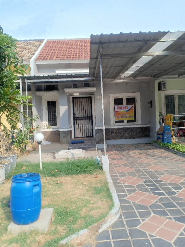 rumah cantik di Adenia Graha Padma, Semarang Barat, Semarang