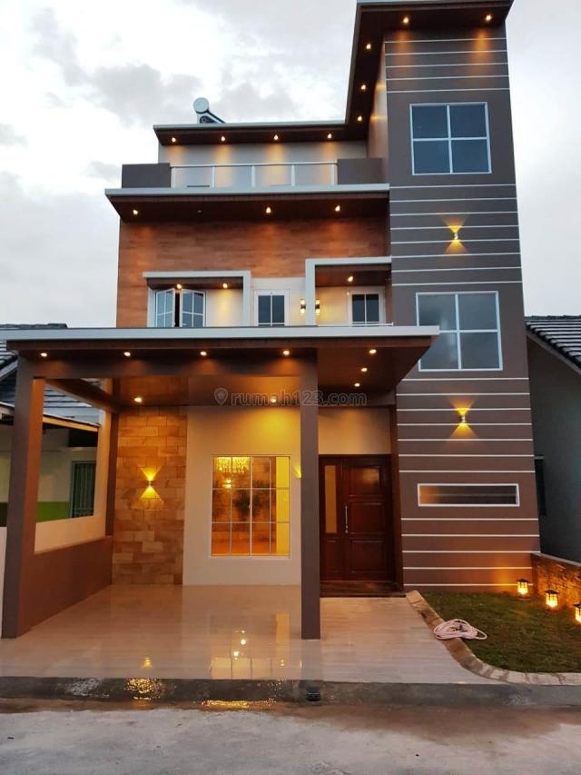 Rumah Hadap Timur Mewah di Batam Center, Batam Centre, Batam