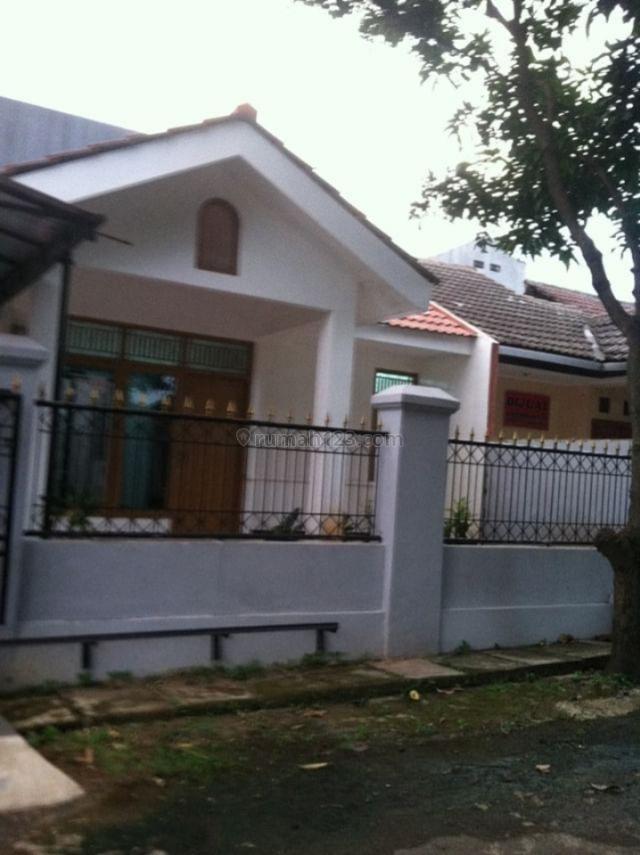 Rumah di hook jalan sangat asri  dan nyaman, Bojong Kulur, Bogor