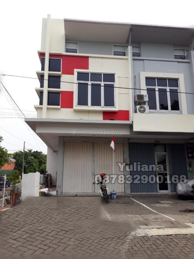 Ruko Bangunan Baru gress tingkat 2 lantai posisi Hook siap pakai di Jl. Pusponjolo, Semarang, Pusponjolo, Semarang
