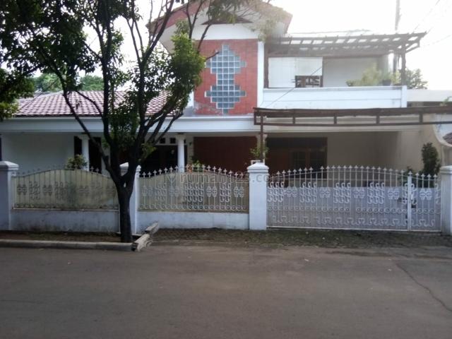 Rumah terawat baru Renovasi dalam perumahan besar pondok gede, Bekasi.  (ruby. 08159463846), Pondok Gede, Bekasi