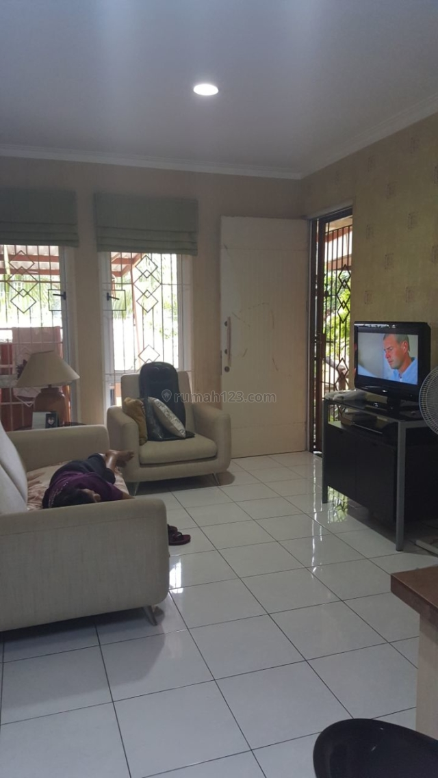 Rumah Siap Huni di Kota Wisata, Cibubur, Jakarta Timur
