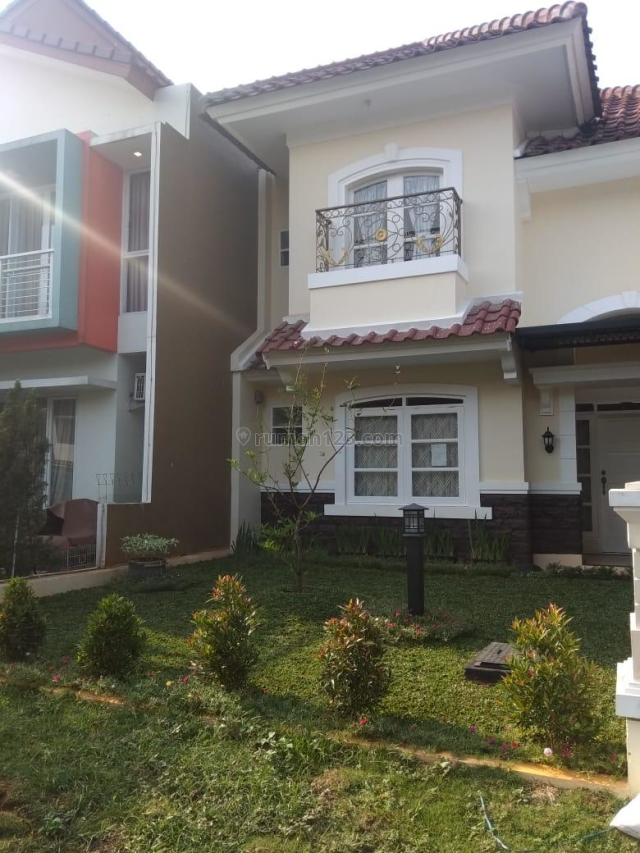 Rumah Rapih, Cantik, Siap Huni, Cibubur, Jakarta Timur