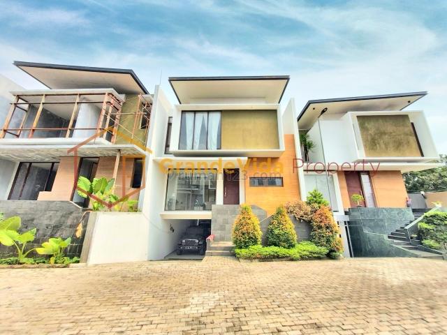 KEMANG / AMPERA - RUMAH BARU 3 LANTAI, SIAP HUNI, 5 MENIT KE CBD SIMATUPANG, Kemang, Jakarta Selatan