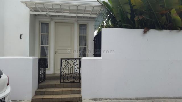 Rumah Dijual di Kemang Barat.. Desain Menarik, Kemang, Jakarta Selatan