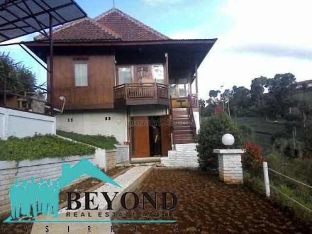 Rumah Bagus Nyaman Area Bandung Dago Bukit Pakar Utara, Dago, Bandung