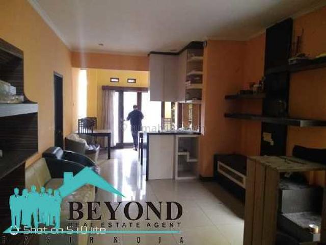 Rumah Bagus Nyaman Area Bandung Gegerkalong Perumahan Parahyangan, Geger Kalong, Bandung