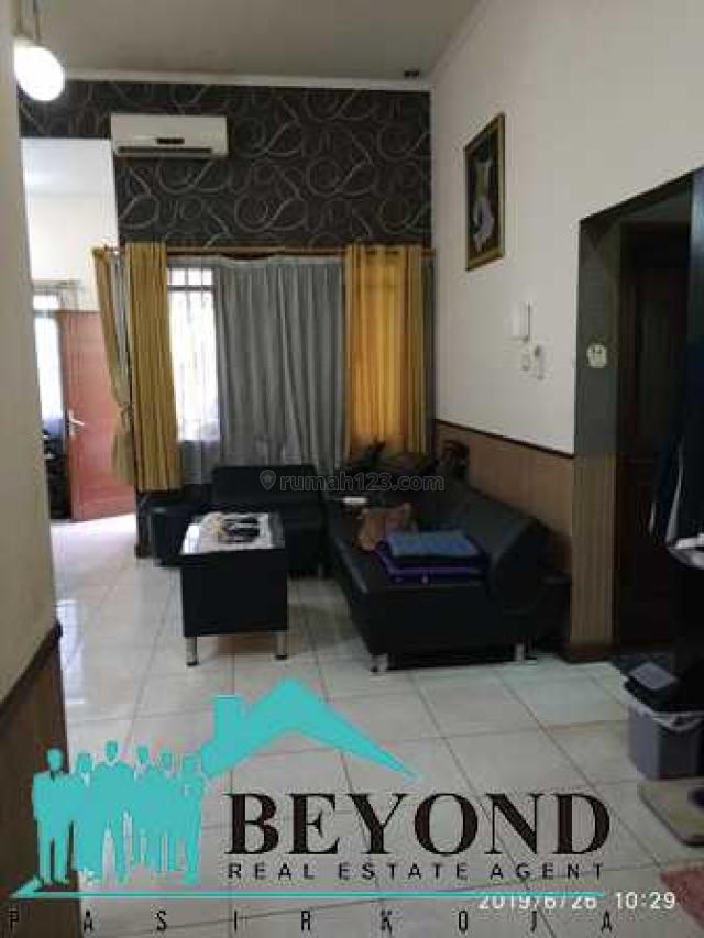 Rumah Bagus Nyaman Area Bandung Soekarno Hatta Cijawura, Buah Batu, Bandung