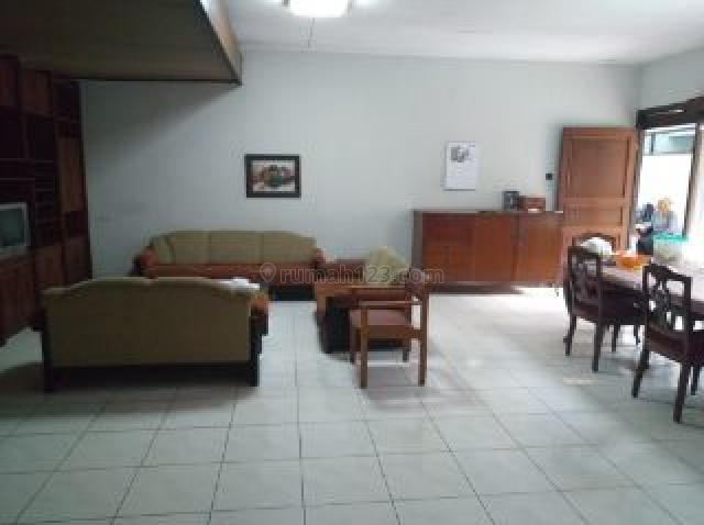 Rumah bagus keren siap huni dan harga nego di Area Sarijadi Raya Bandung, Sarijadi, Bandung