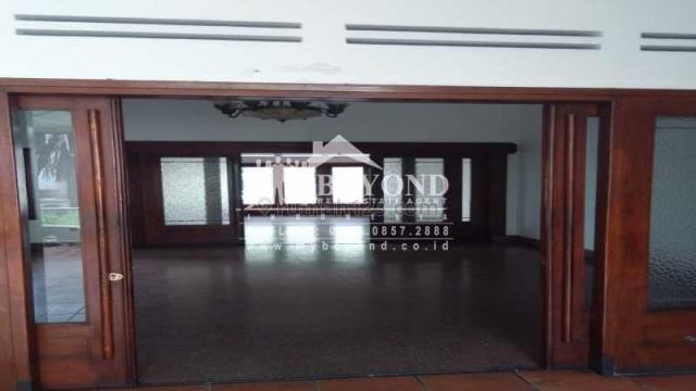 GAYA KLASIK MEWAH LANGKA BANGET DI DIPONEGORO DEKAT DAGO BANDUNG, Riau, Bandung