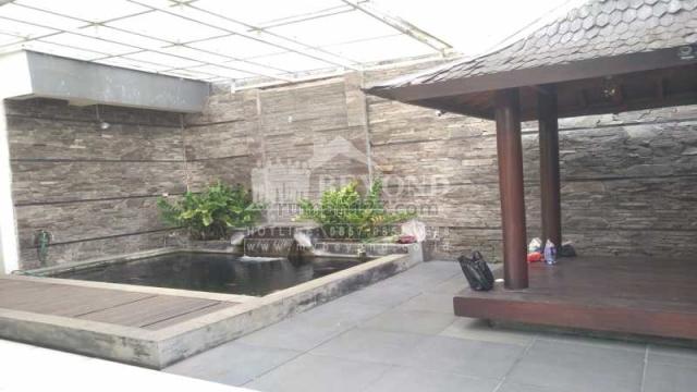 FASILITAS KOLAM HIAS ADA GAZEBO  TERNYAMAN DI KOTA BARU PARAHYANGAN BANDUNG, Kota Baru Parahyangan, Bandung