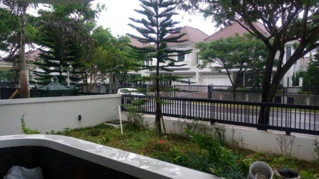 RUMAH MEWAH MENAWAH DAYA TARIK SENDIRI DI KOTA BARU PARAHYANGAN BANDUNG, Kota Baru Parahyangan, Bandung