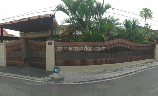 Rumah Jalan Bantaran Barat Kota Malang, Lowokwaru, Malang
