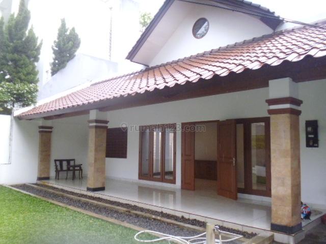 A very strategic location in Senopati 2000 Usd, Kebayoran Baru, Jakarta Selatan