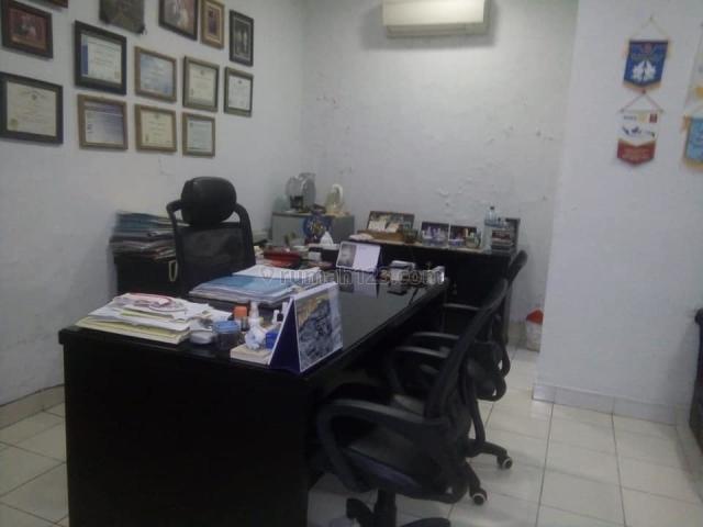 Rumah Strategis untuk kantor di Bendungan Hilir, lokasi strategis.. Hubungi 0813-1838-1838/ 0878-7838-1838.., Bendungan Hilir, Jakarta Pusat
