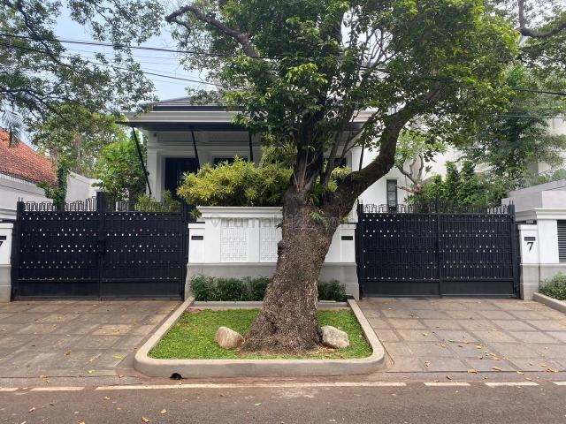 Rumah mewah dan cantik, Menteng, Jakarta Pusat