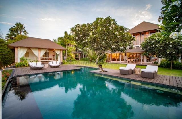 Exclusive Villa dengan Pemandangan Laut di Pecatu Bukit Uluwatu (IW), Pecatu, Badung