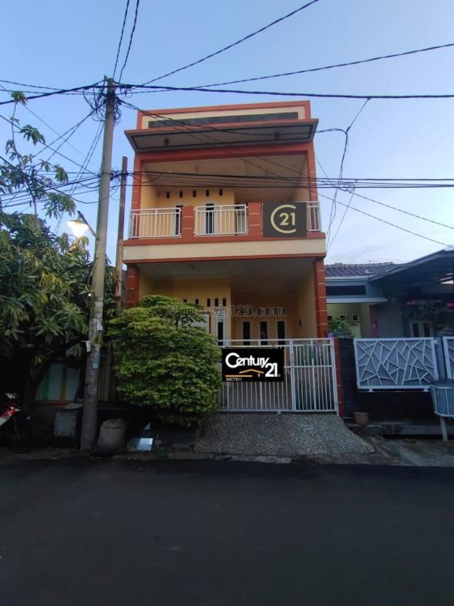 rumah 2 lantai siap huni  di perumahan duta harapan Bekasi Utara., Duta Harapan, Bekasi