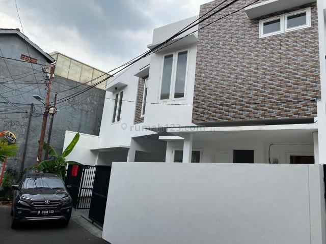 Rumah di tebet barat, Tebet, Jakarta Selatan