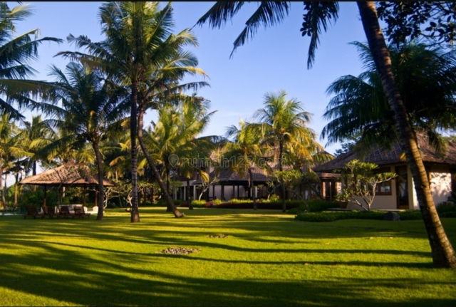 One of Kind Absolute Beachfront Property Investment in Canggu Bali, Pererenan, Badung