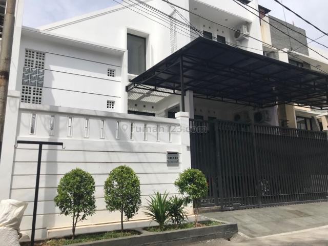 Rumah siap pakai, di jakarta bart, Sunrise Garden, Jakarta Barat