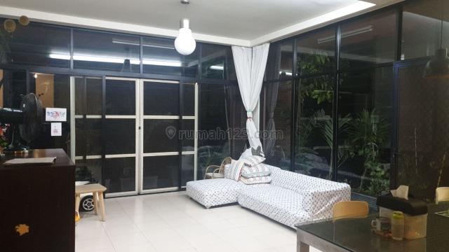Rumah Pademangan, bangunan 3 lantai, siap huni, kondisi Rapi, Pademangan, Jakarta Utara