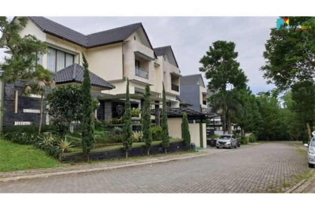 Rumah dijual 2 lantai, 5 kamar hos6127362 | rumah123.com