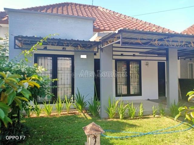 Rumah di Meninting Regency, Batu Layar, Lombok Barat