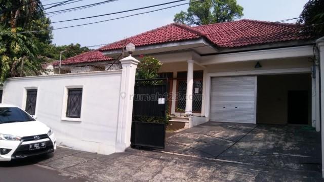 Nicely house with single storey building, Kemang, Jakarta Selatan