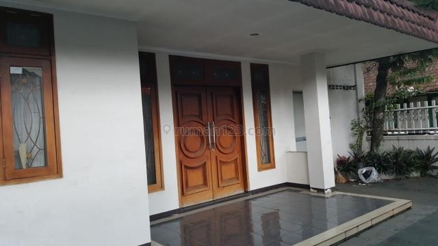 rumah di lokasi kota bandung, Gatot Subroto, Bandung