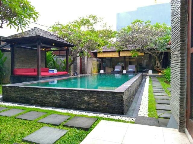 Villa second  super murah siap Huni Di jln utama Bidadari seminyak Badung Bali, Seminyak, Badung