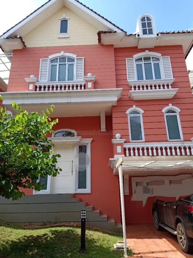 Rumah cantik siap huni, Gading Serpong Omaha Village, Tangerang