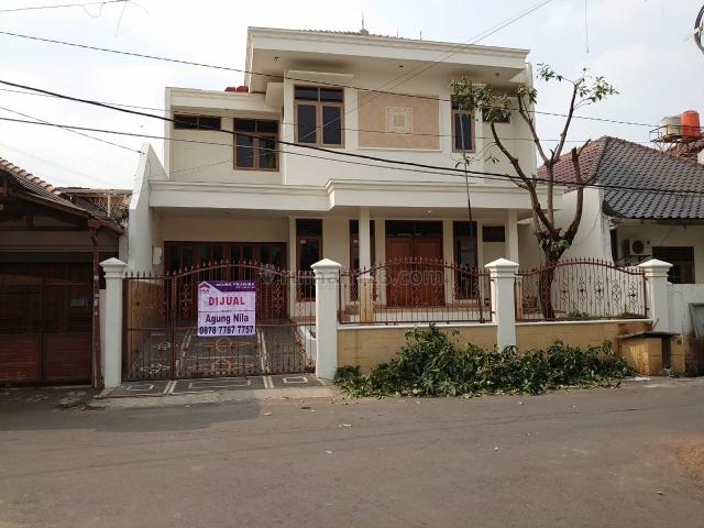 Rumah 2 Lantai LT.220, Duren Sawit, Jakarta Timur