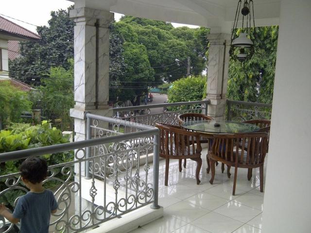 Rumah Bagus 2 Lt. Bintaro Sek. 3, Bintaro, Tangerang