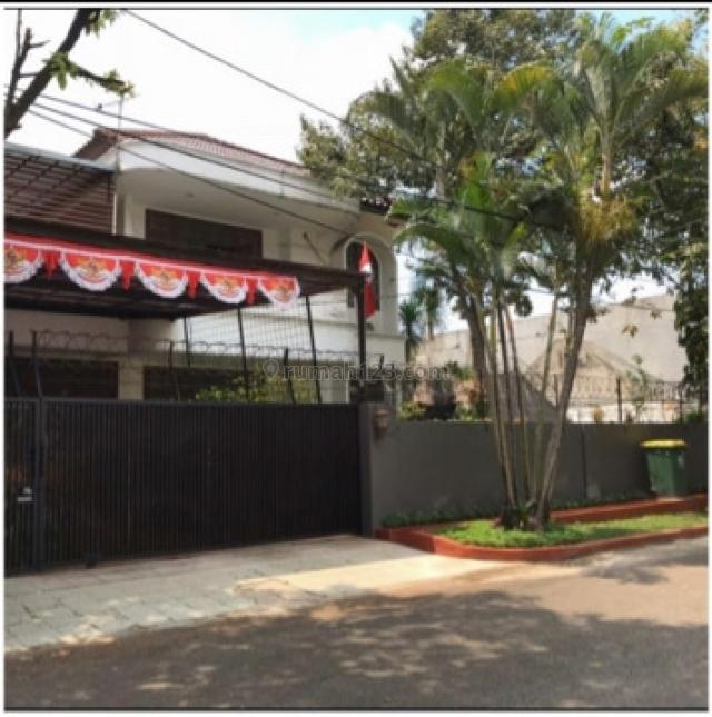 Rumah Bagus Siap Huni, Kebayoran Baru, Jakarta Selatan