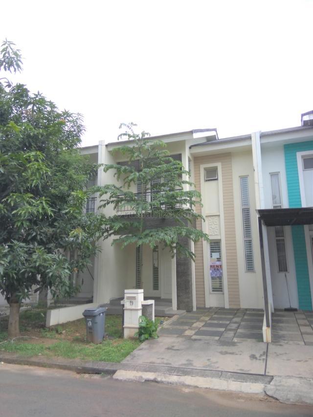 Rumah di Cluster Feronia Park, Alam Sutera, Tangerang
