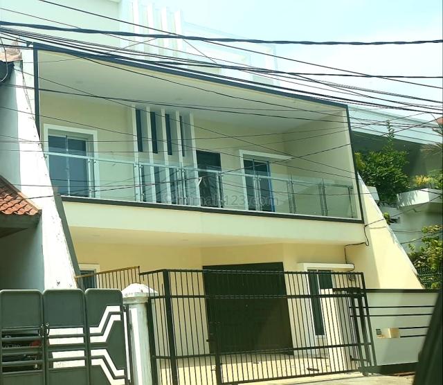 Rumah Muara Karang Blok 8, Muara Karang, Jakarta Utara