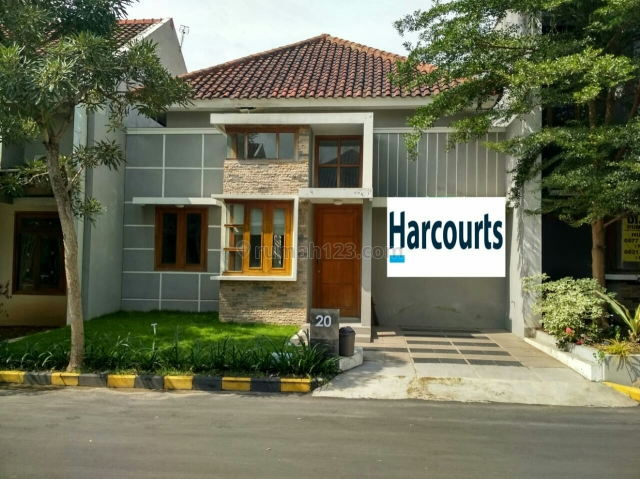Rumah cantik minimalis dalam cluster, Colomadu, Solo