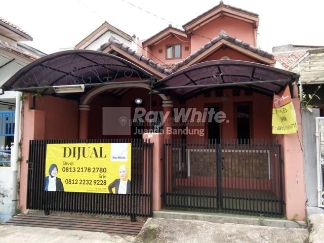 Rumah 2,5 Lantai Komplek Graha Bukit Raya Cimahi, Cimahi, Bandung